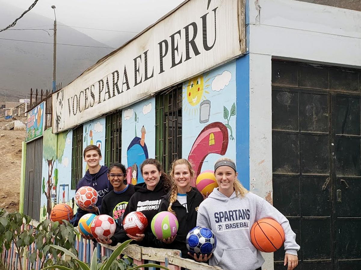 Peru PV students