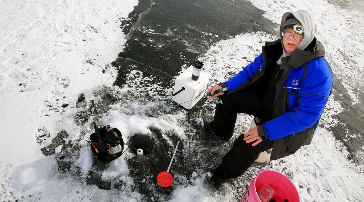 Ice Fishing 004