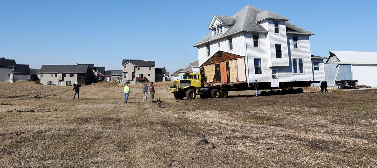 031518 House Moving 424
