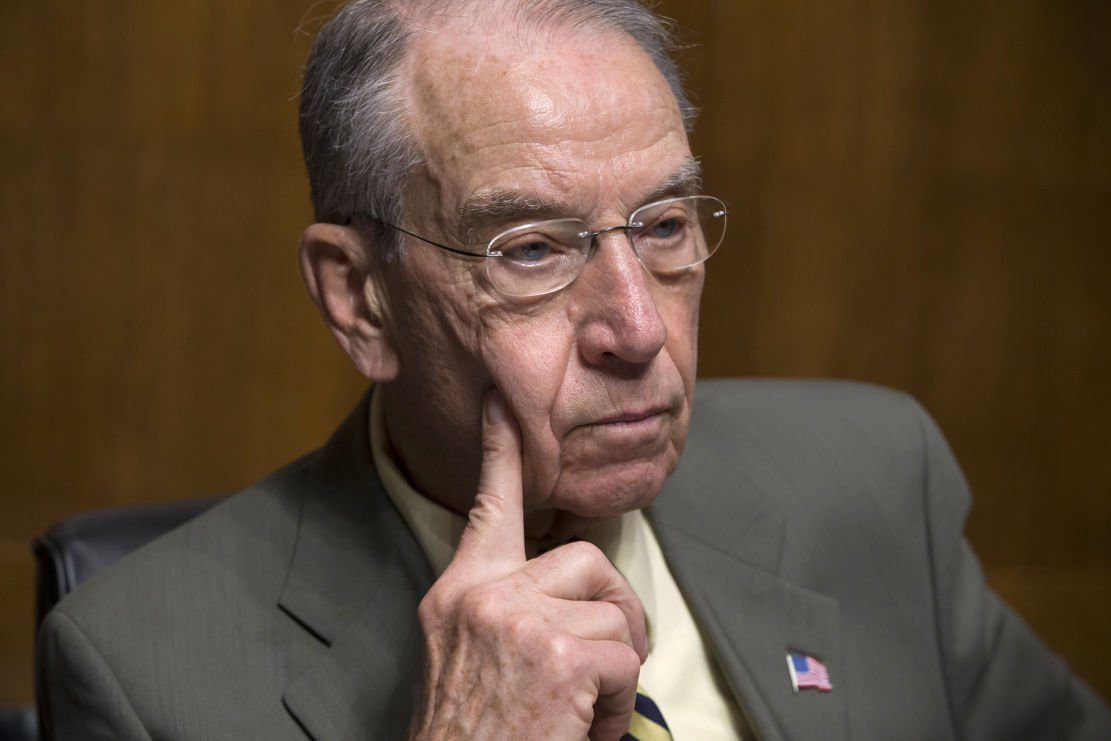 Cranking up pressure, Dems ready to bring Garland to Capitol