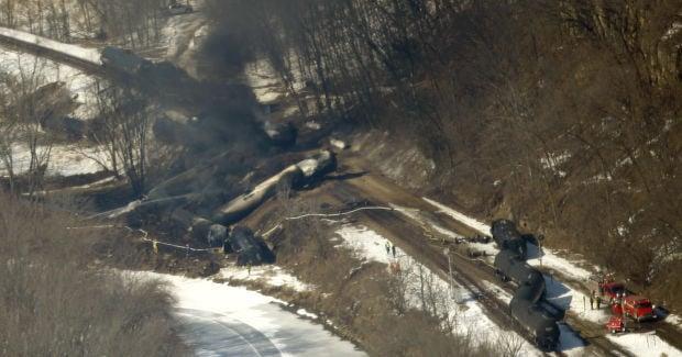 Oil Train Derailment Illinois