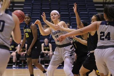 Augie women in CCIW Tournament action