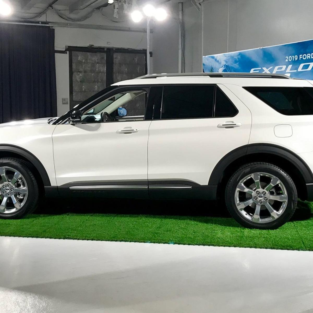 Best Selling Car Of All Time >> The Best Selling Suv Of All Time Is Getting A Redesign