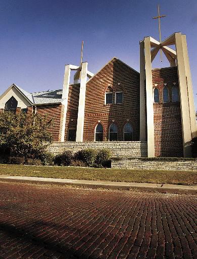 Grace Lutheran Church, Davenport