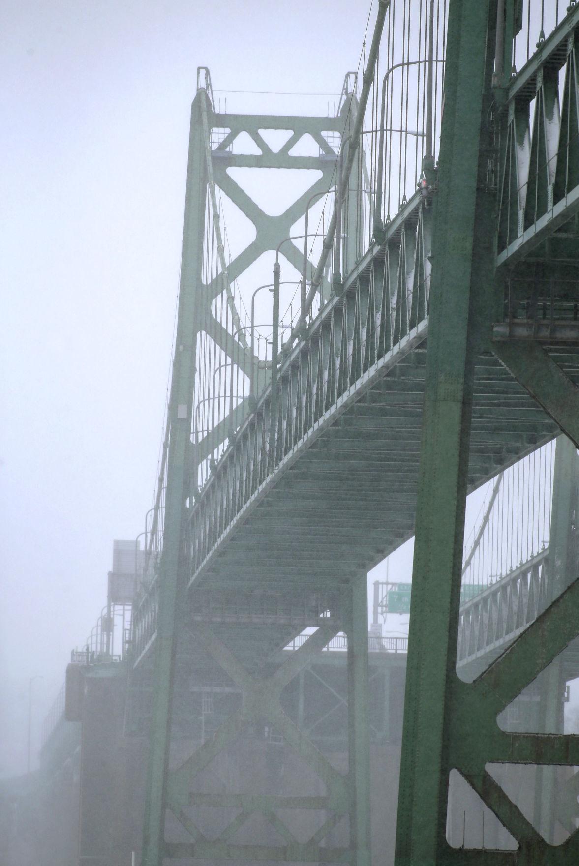 122817-NEW-BRIDGE-003