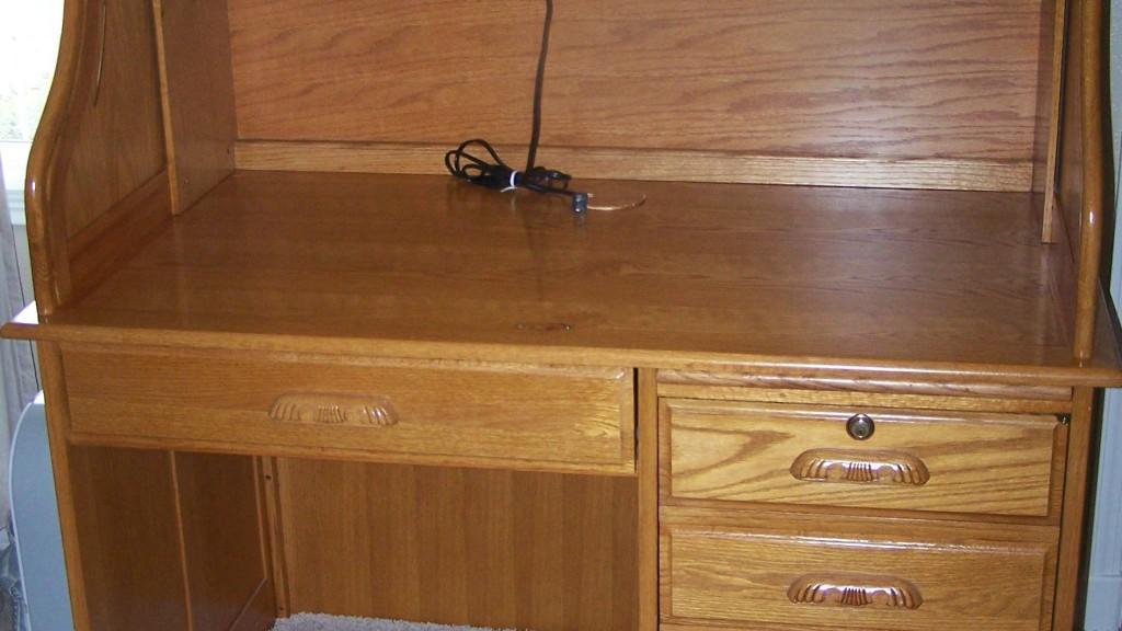 Oak Express Light Roll Top Computer Desk 48 X 29