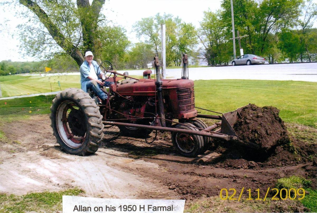 Red vs  Green: 'The Great Tractor Pull' | Local News | qctimes com