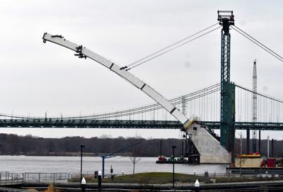 Interstate 74 bridge construction