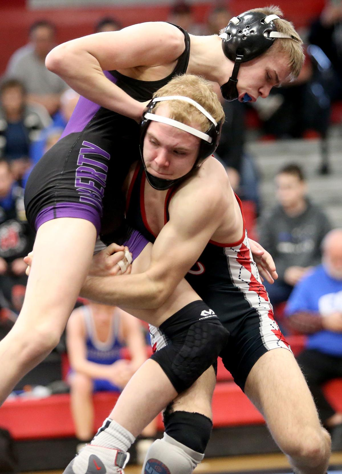 020318-sectional-wrestling-005