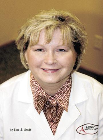 Chiropractor Arndt donates to Honor Flight