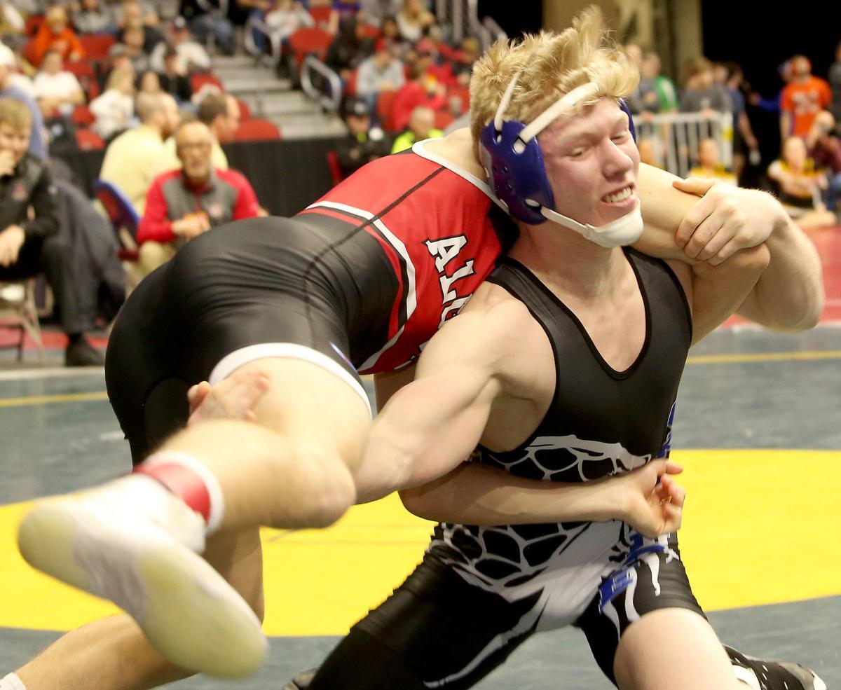 021419-qct-IA-HS-Wrestling-054