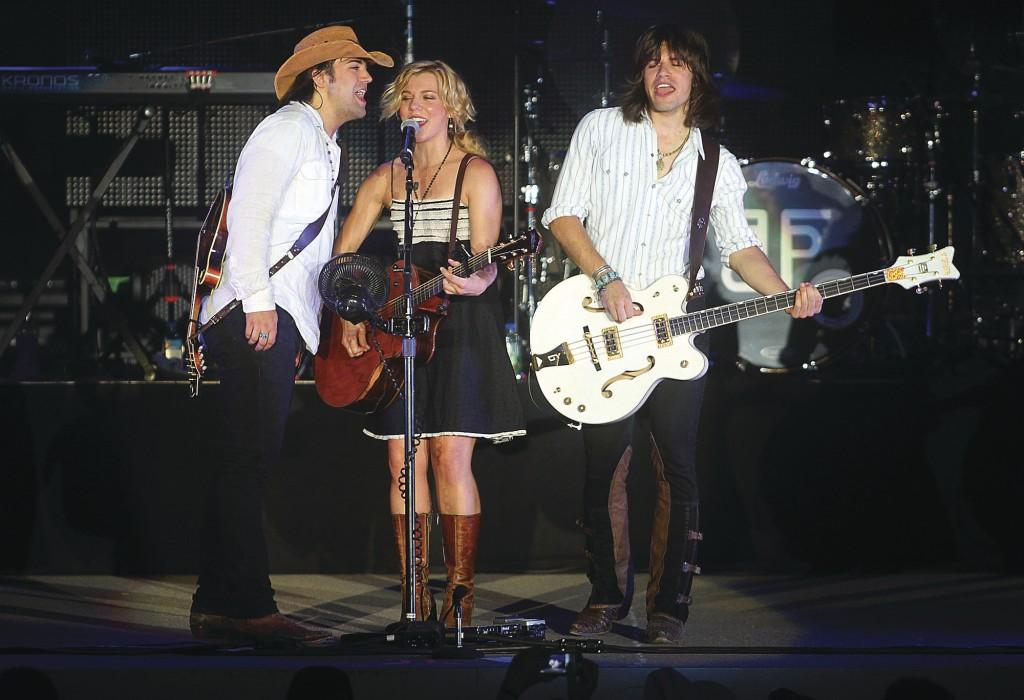 Band Perry Strong On Its Hits Covers Music Qctimes