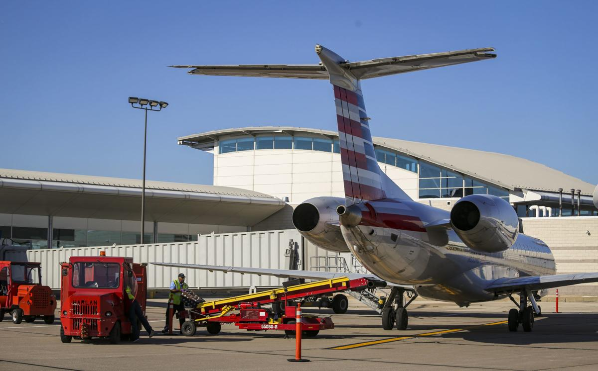 Illinois Airports To Push For Taxing Authority Changes Economy - Airports in illinois