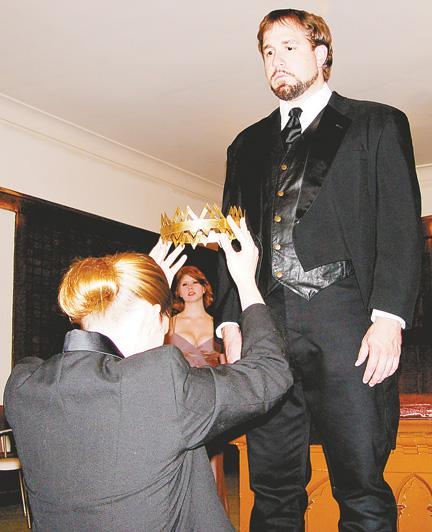 Prenzie Players' 'Richard II' leaves audience ready for more