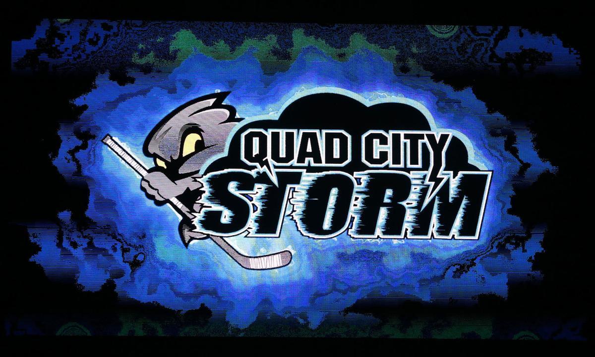 062118-qct-qc-hockey-002