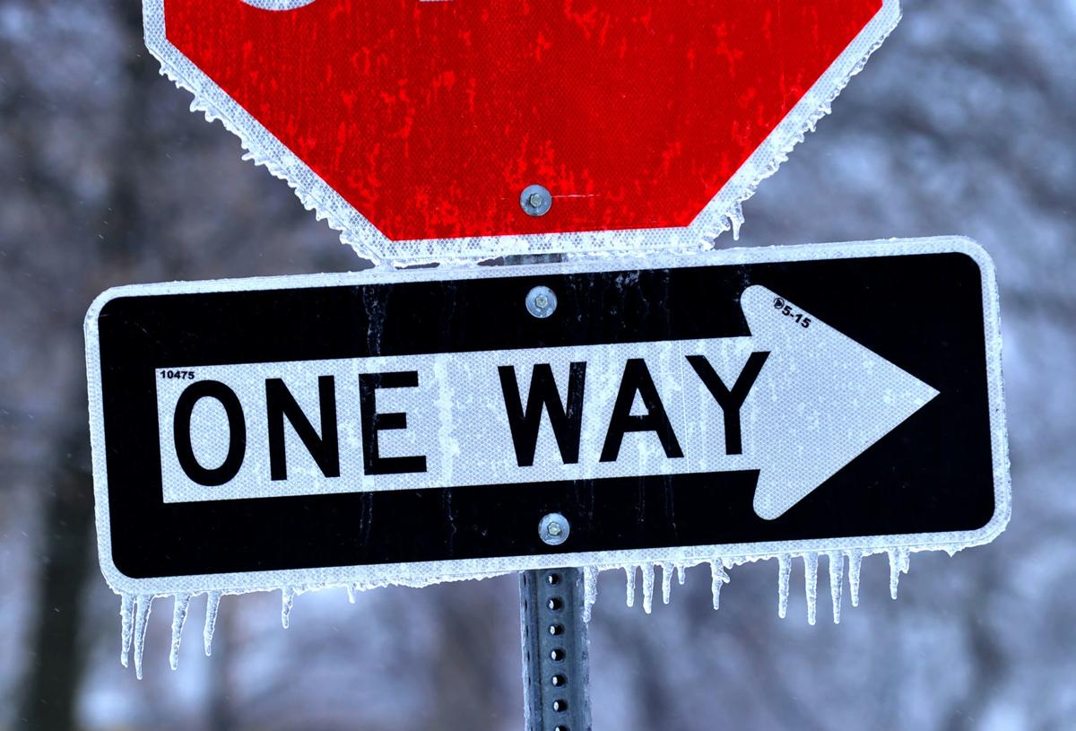 Ice and snow hits the Quad-Cities