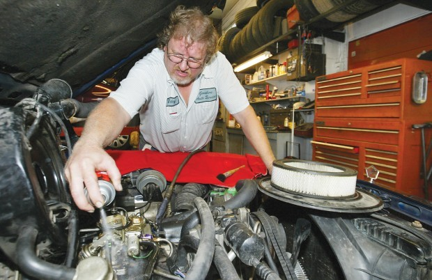 Automobile owners live to regret their do it yourself repairs automobile owners live to regret their do it yourself repairs solutioingenieria Image collections
