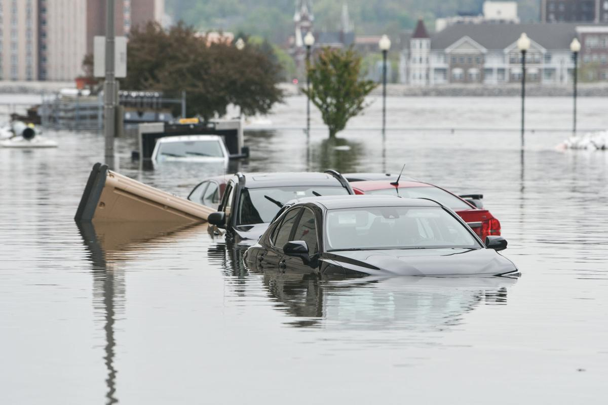 050119-qct-flood-mm-001a.JPG