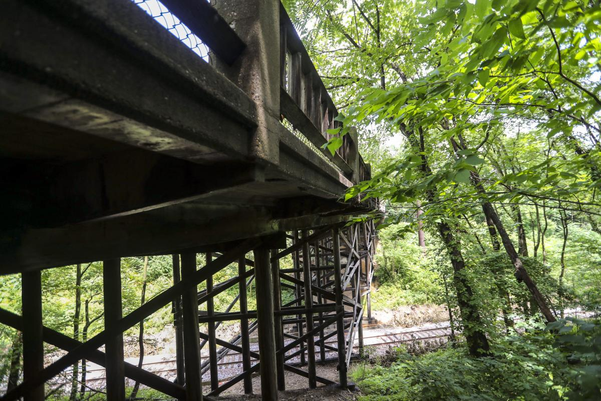 062218-qct-elm-st-bridge-002