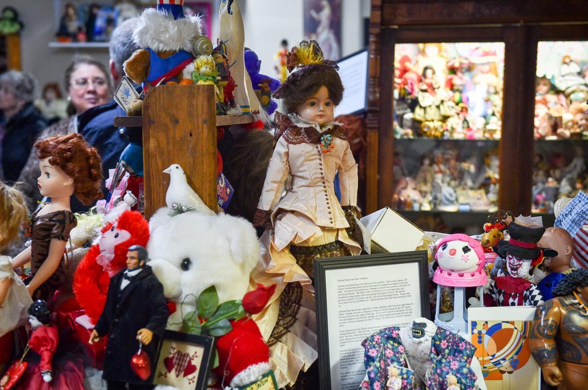 021220-qc-nws-dolltoymuseum-006