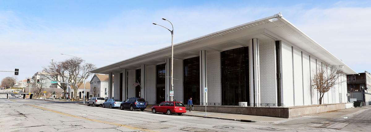 120518-Davenport-Library-001