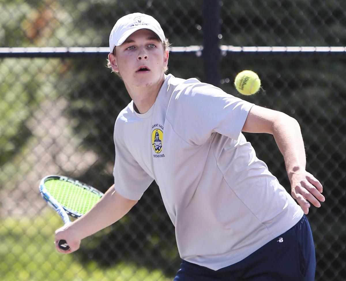 050721-qc-spt-mac boys-tennis-11.JPG