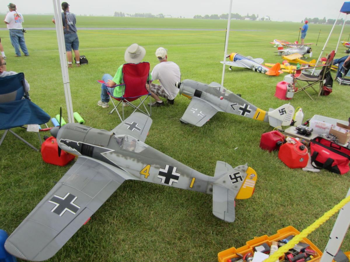 radio-controlled aircraft