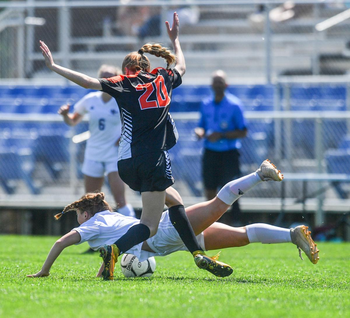 060821-qc-spt-iowa-state-soccer-muscatine-001
