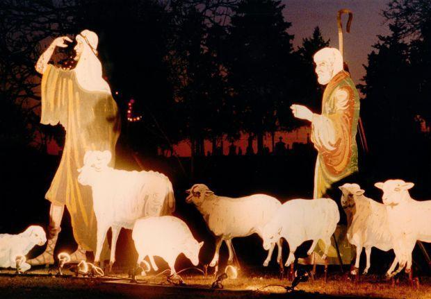 Davenport Memorial Park Cemetery Christmas Display
