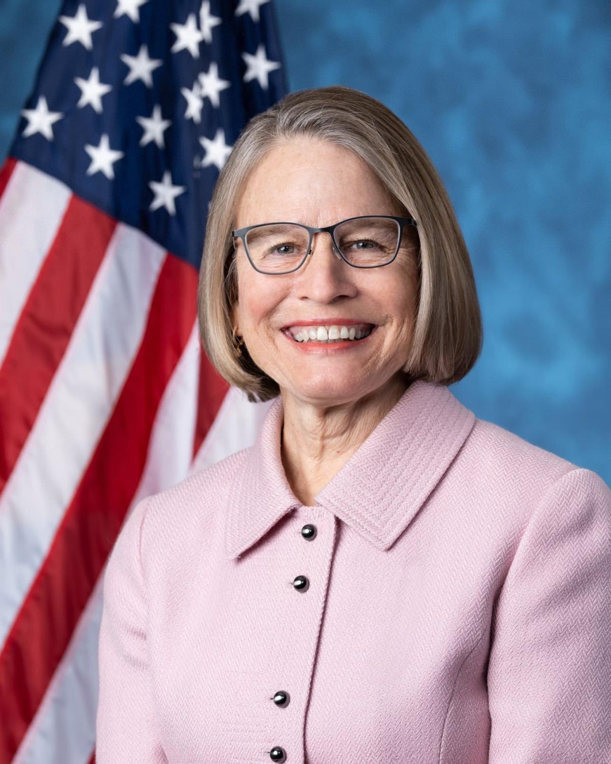 Miller-Meeks official congressional photo