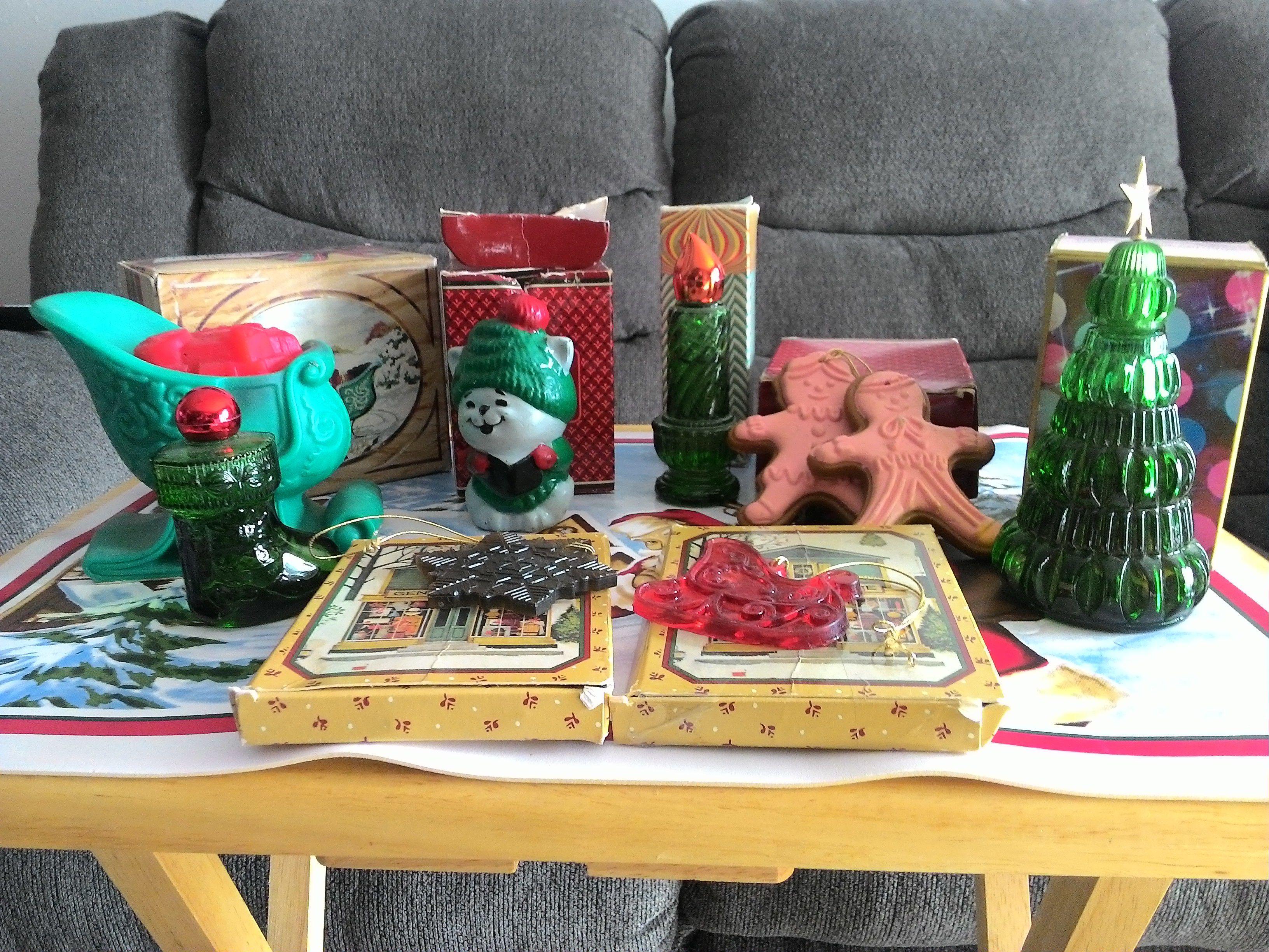 Avon Christmas Collection image 1