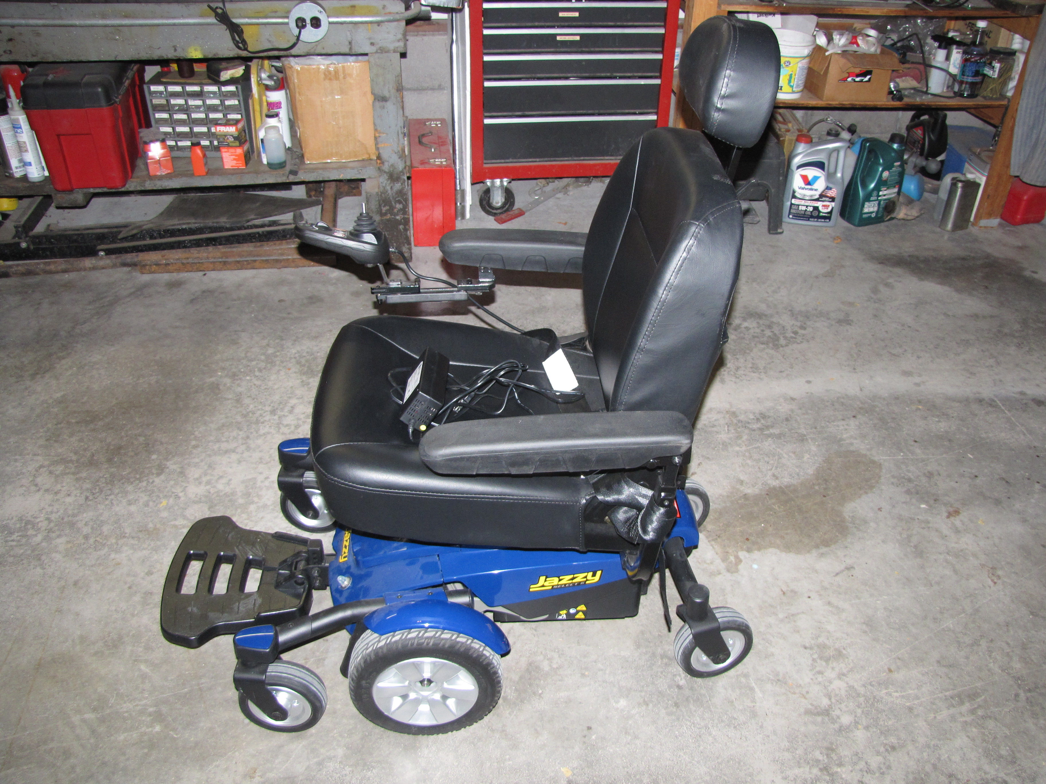 Jazzy Select 6 electric power chair excellent condition only