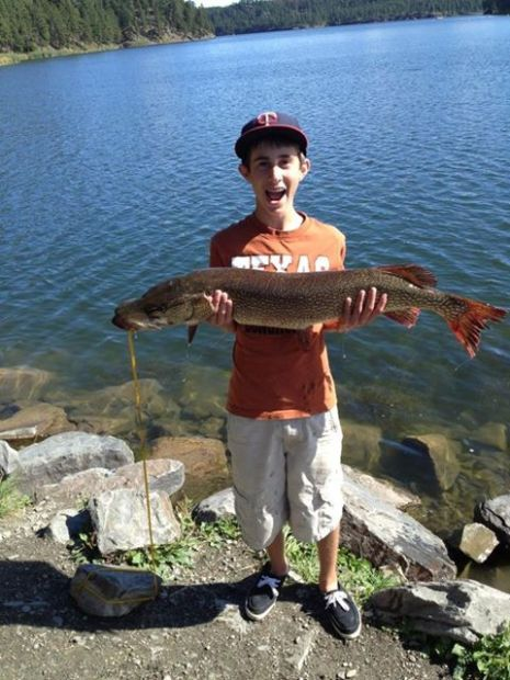 Trophy northern pike on the rise in western south dakota for Lake thompson sd fishing report