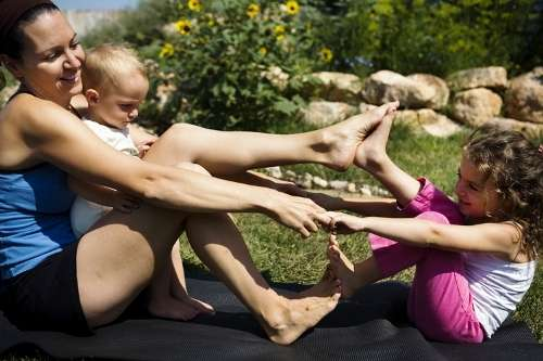 Prenatal yoga relaxes mom's body, mind
