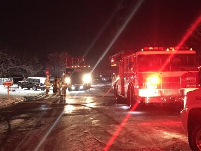 4 displaced but none hurt in early morning house fire