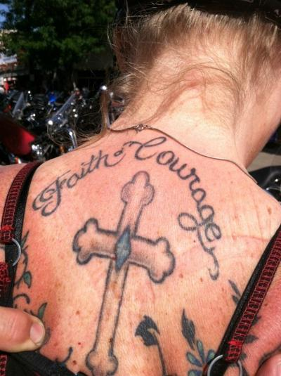 tattoo Loni