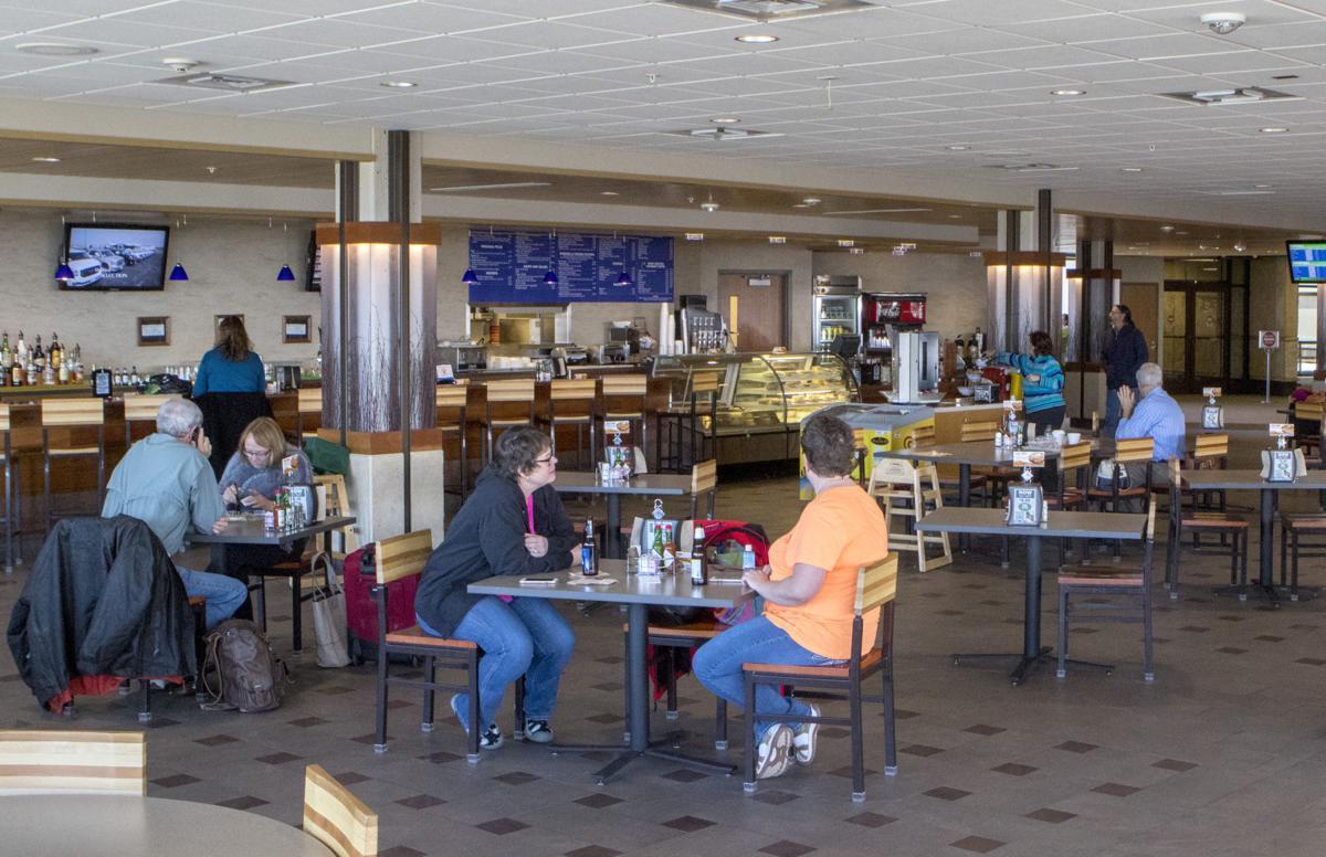 Rapid City Regional Airport Plans Cafe Parking Upgrades Local Rapidcityjournal Com