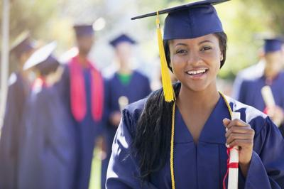 About to Graduate College? 5 Tips for Lining Up Your First Job