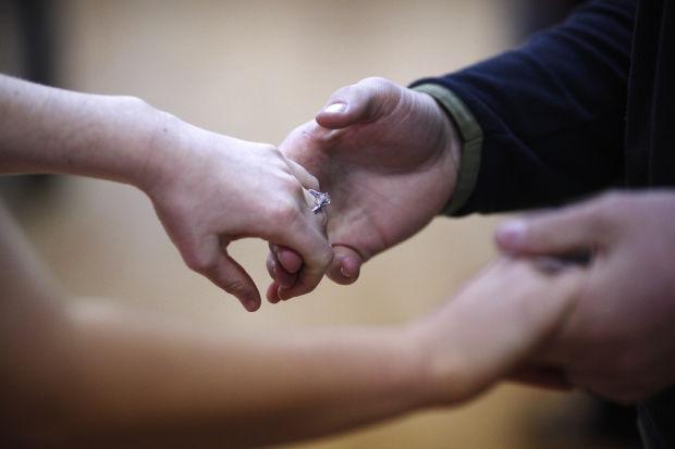 042414-bh2-dance