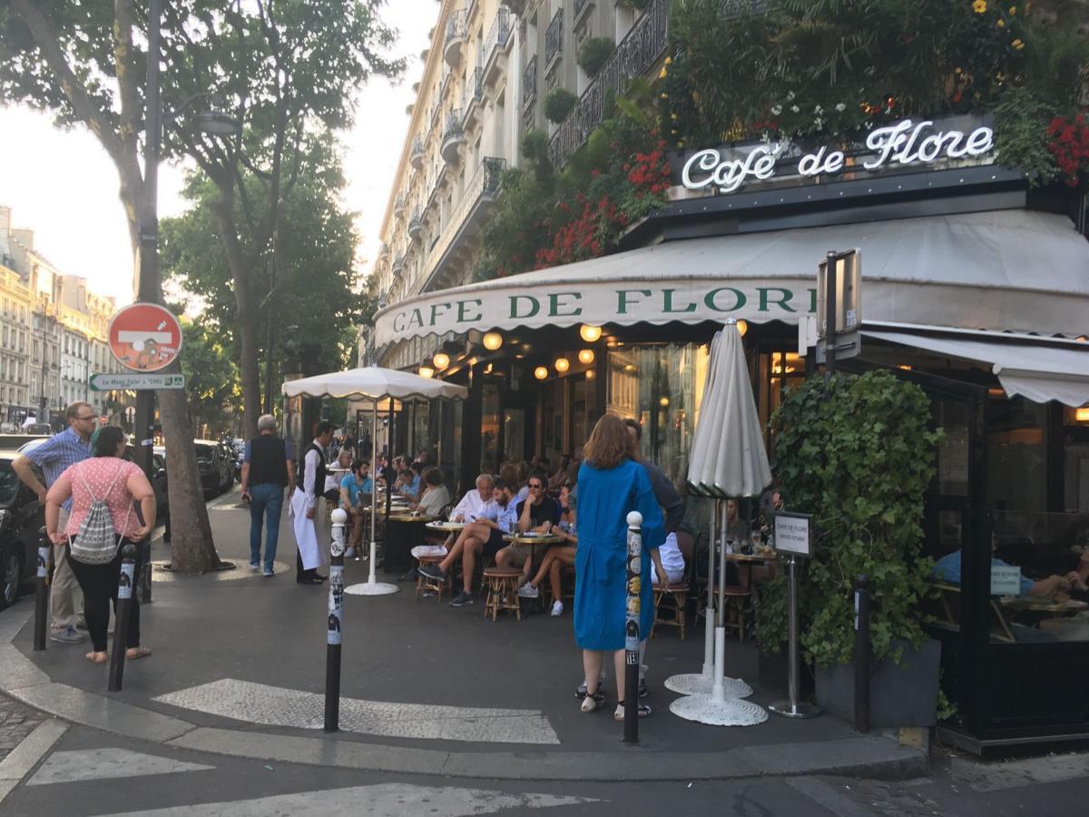 Travel Black Paris