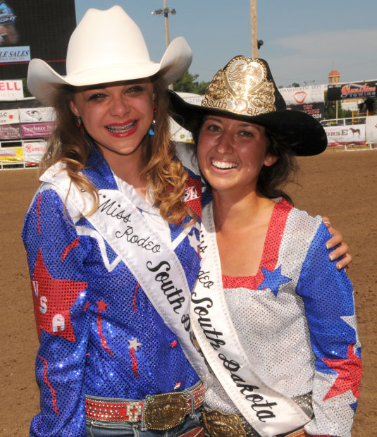 South Dakota Miss Rodeo 2015 Is Lady In Waiting Belle