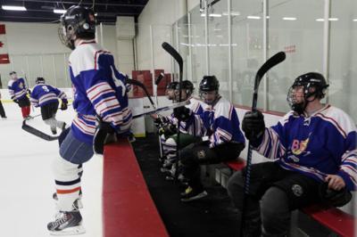 033014-nws-hockey003.jpg (copy)