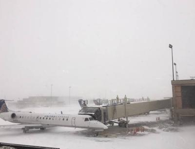 Snow, wind at Rapid City Regional Airport (copy)