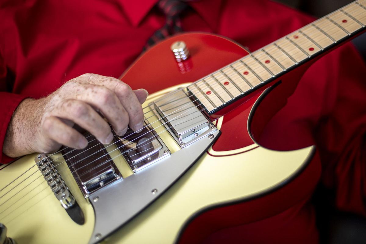 031719-nws-guitars002.JPG