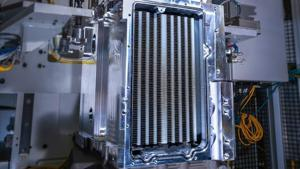 Planes, Trains and Automobiles: If It Moves, GM Will Build Hydrogen Fuel Cells.