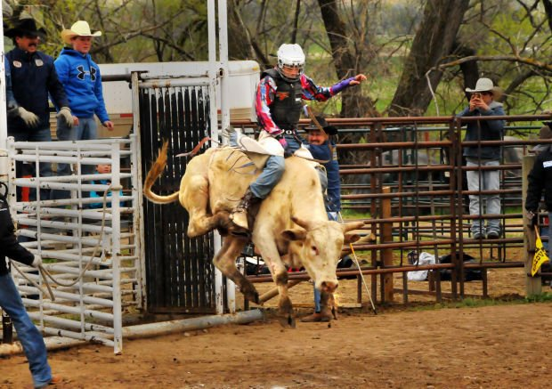 Rodeo Season Chutes Out In Belle Fourche Belle Fourche
