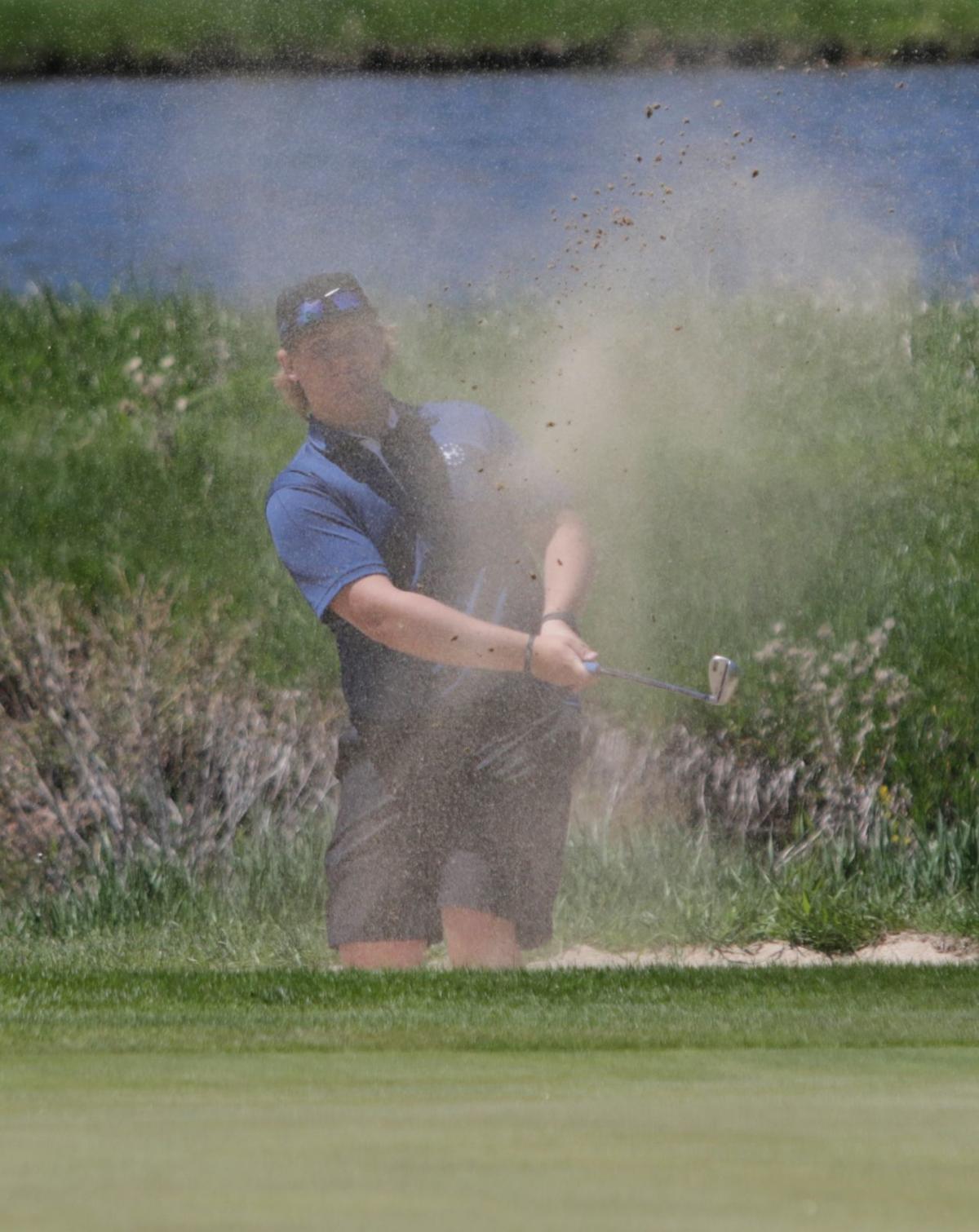 052218-spt-golf002
