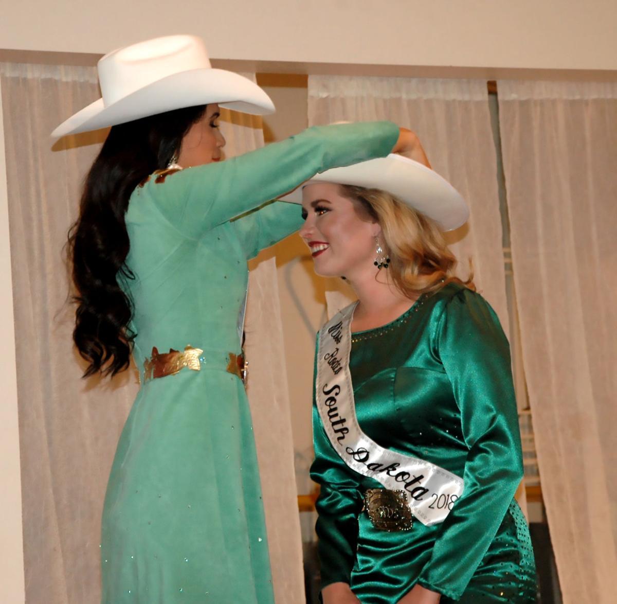 SD Miss Rodeo coronation4