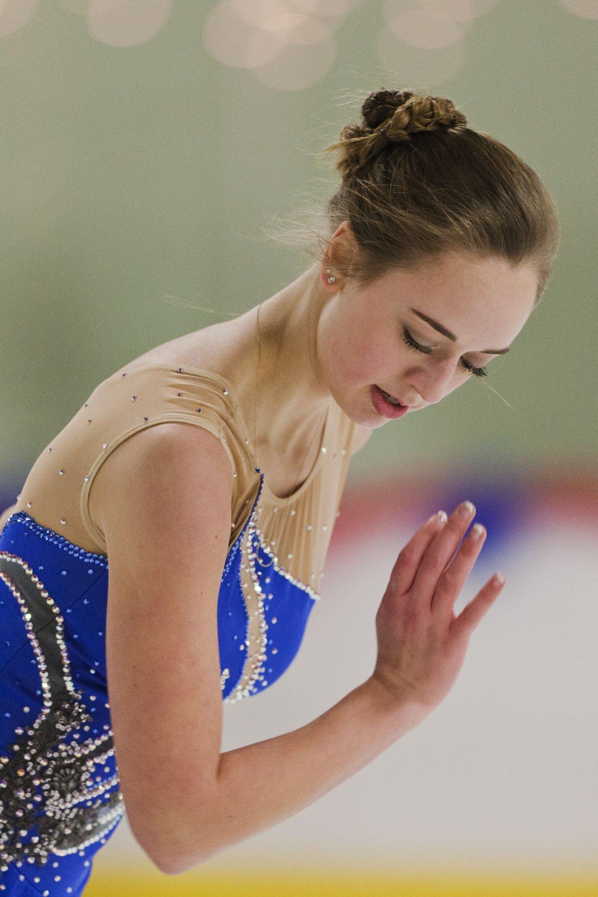 121116-nws-skating002.JPG