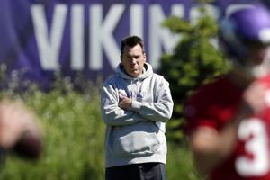 AP: Vikings make Gary Kubiak offensive coordinator
